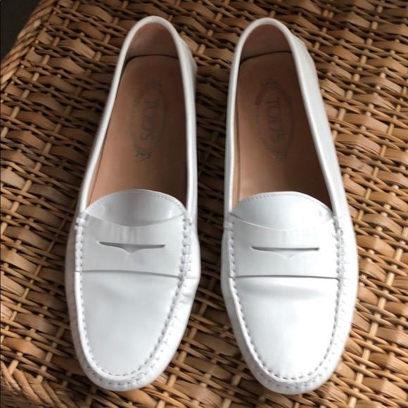 01af42faf7 Tod's Shoes   Tods Gommino Driving Shoe White Size 40   Poshmark